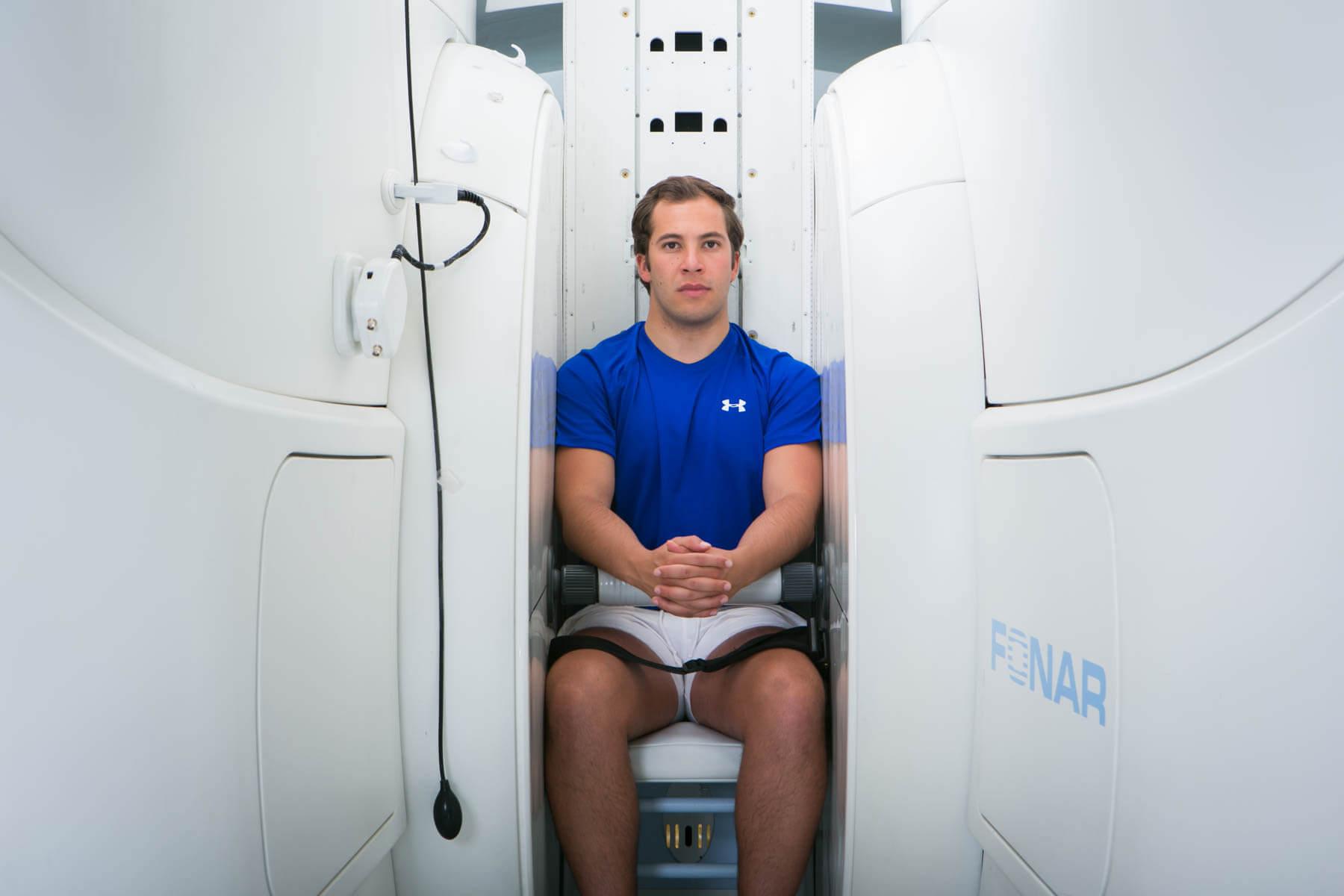 Whiplash/piskesmæld diagnose på ufMRI scanningsbillede - få hjælp hos REbrain Clinic